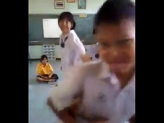 Thai sexy funny dance view more videos on befucker com