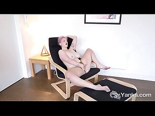 Yanks vera blue s hot hairy pussy loving