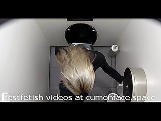 Spycam toilet Pissing girl 22