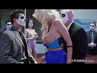 Busty blonde pornstar Courtney Taylor double penetrated