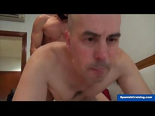 Horny hunk serviced