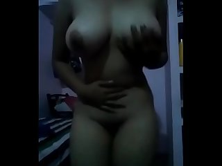 Hot Desi sexy figured girl get horny while taking selfie nd loudly say i want lund