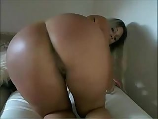Hot Girl Playing on Webcam - hotwebcam69.com