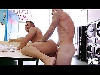 Laudromat gay sex