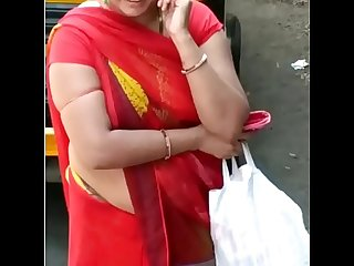 GADRAYI MARWADI RAAND KI SEXY FIGURE IN RED SAREE 2