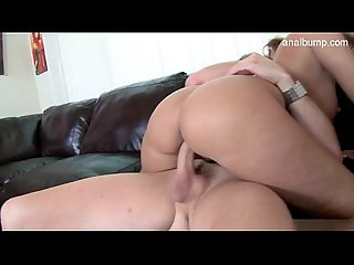 Nude girlfriend ballslicking