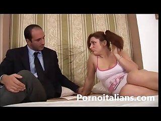 Incesto italiano tette E capezzoli da leccare italian teen old man