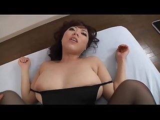 Hermosa japonesa Tetona