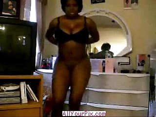 Allyourpix com black girl shakes that ass nude