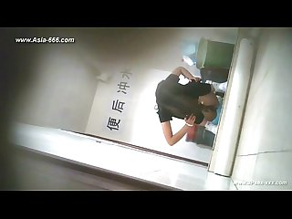 Chinese girls go to Toilet 17