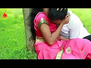 Desi bhabhi sex with boy in park