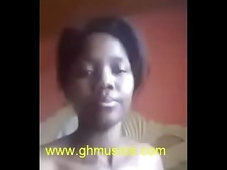 ghana girl inserting pencil into her pussy-ghmusics.com