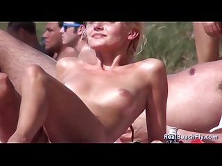 #1 REALBEACHFLY.COM FOR THE BEST VOYEUR NUDE BEACH...!!