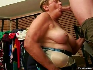 Granny sucks like a pro and gets facial