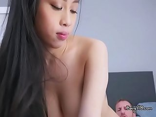 Young asian babe jade kush gets her cunt bonked