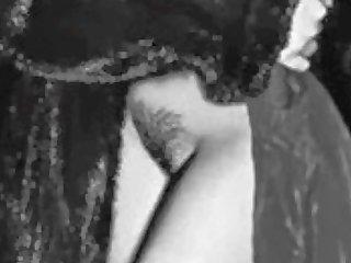 Lady gaga topless http bit ly 1bvnmc1
