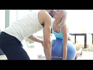 Passon Hd Sexy blonde Teen kacey jordan gets A racy workout