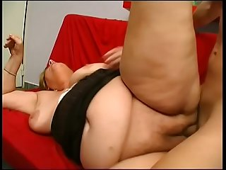Senior citizen grandma enjoys cock like in the good old days