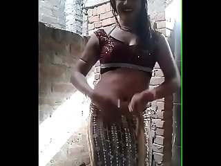 WHO WANT TO FUCK THIS INDIAN HIJRA
