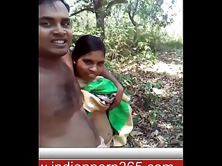 Cute Indian Girl Record Nude Selfie in outdoor