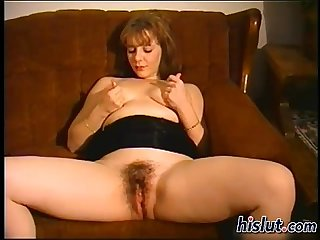 This milf stuffed herself
