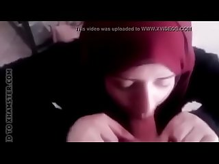Muslim Gf giving bj to Hindu bf