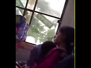 Bangladesi college girl boobs suck in public bus