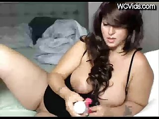 Beautiful chubby milf dildoes herself and squirts all over - WCVids.com