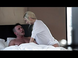Hot blonde nesty loves to ride