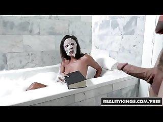 Reality Kings - 8th Street Latinas - Fucking In The Tub - (Cecilia Fox, Robby Echo)