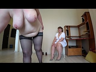 Milf came to the reception to the nurse and got an orgasm from fisting, a bbw doggystyle..