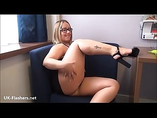 Exhibitionist milf Ashley Riders flashing outdoors and public pussy voyeur babe