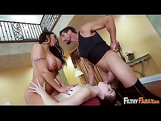 FILTHY FAMILY - August Taylor Massages Her Step Daughter Violet Rain's Pussy