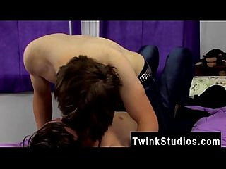 Gay straight porn clips They commence smooching and deepthroating