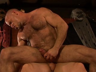Robert van Damme - Butt Bouncers -trailer/Gay Porn with muscle guys/