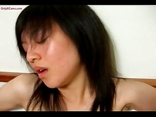 Young Chinese Girl Cam Show